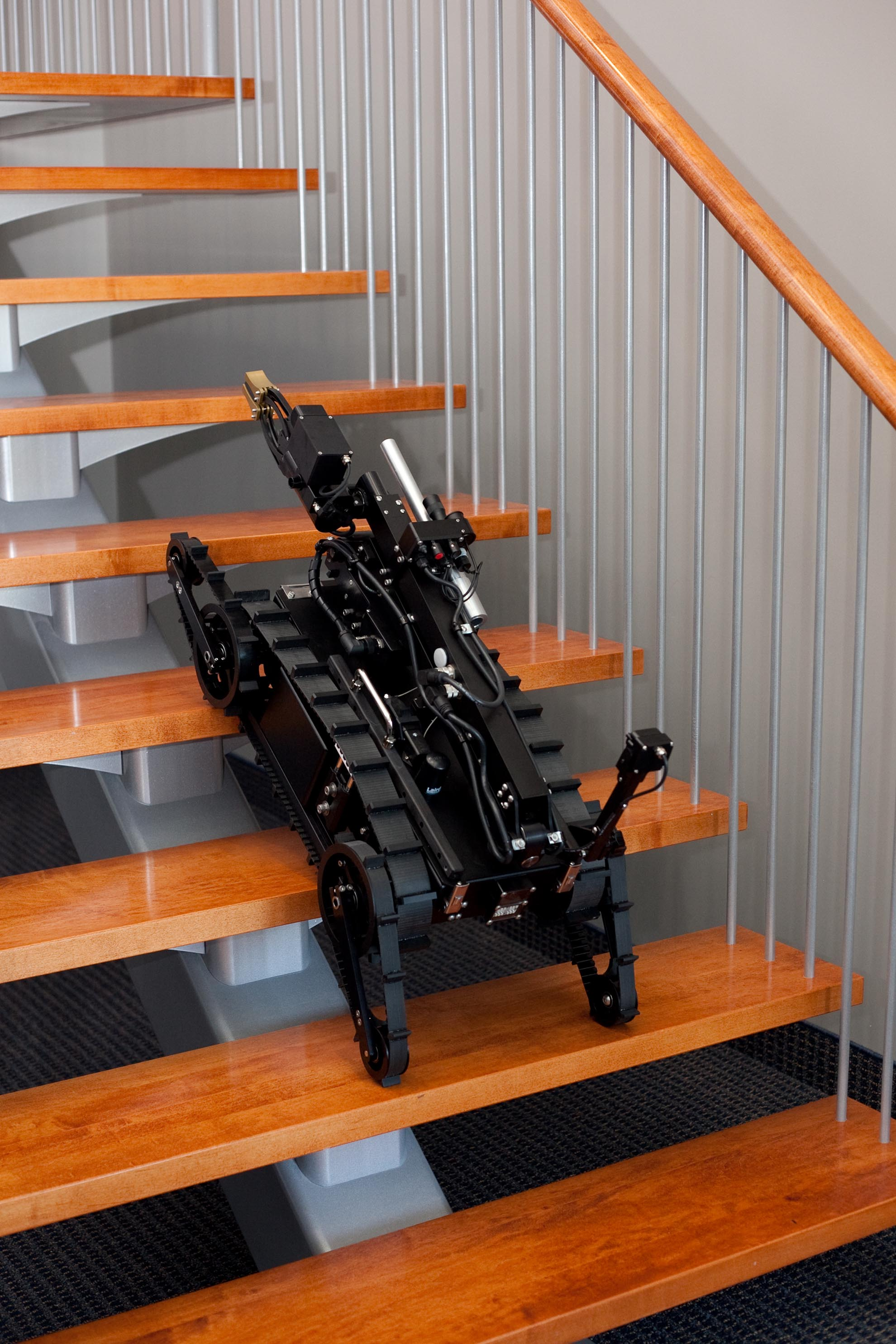mini-caliber-swat-robot-stair-climb
